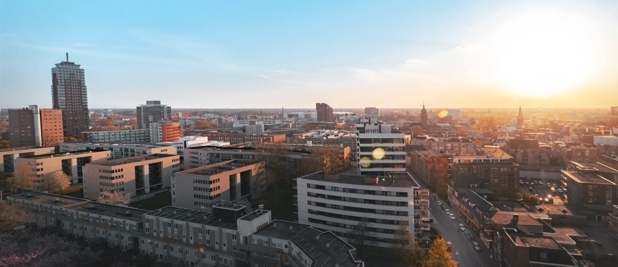 Enschede skyline zonsondergang