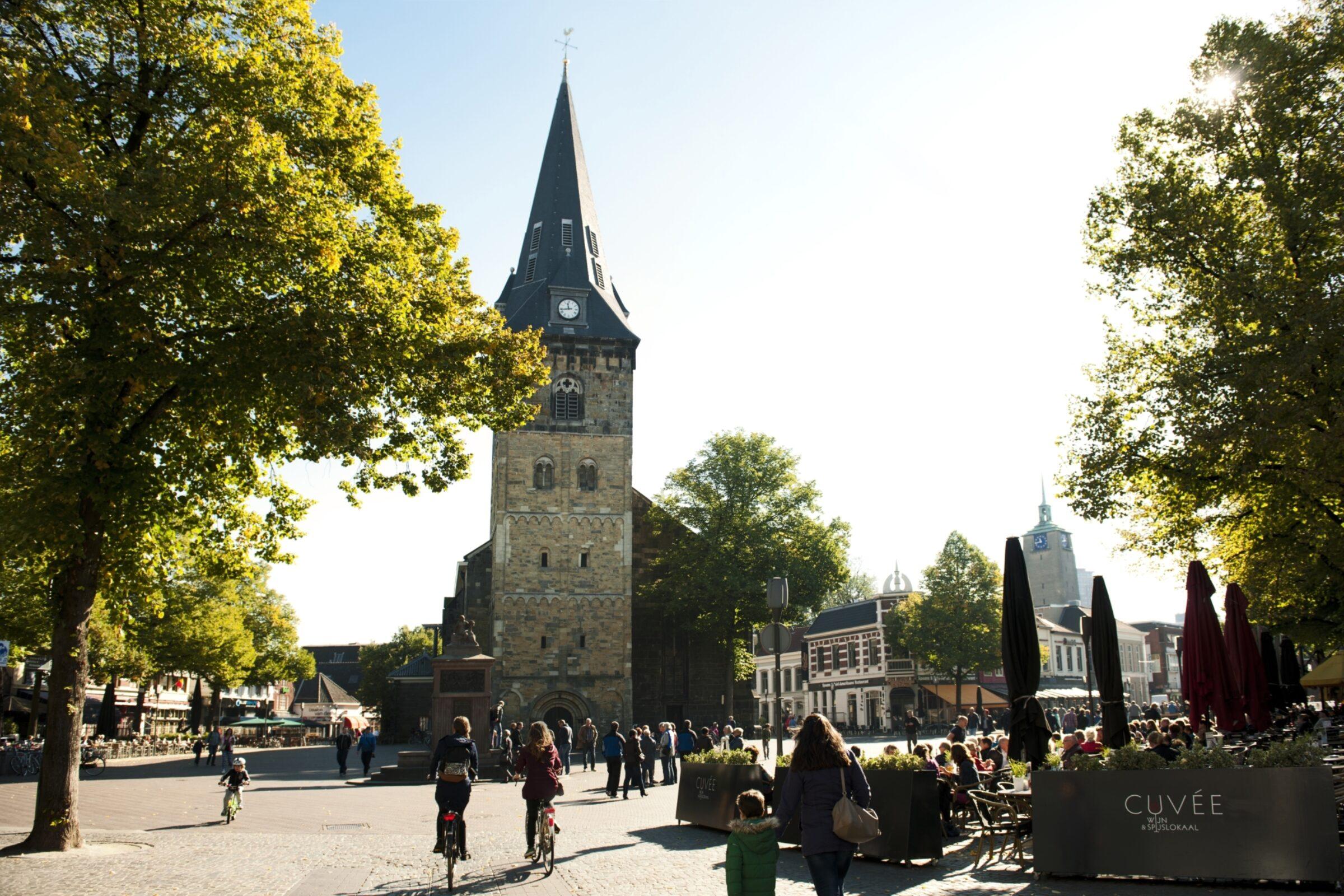 Oude Markt Grote Kerk enschede