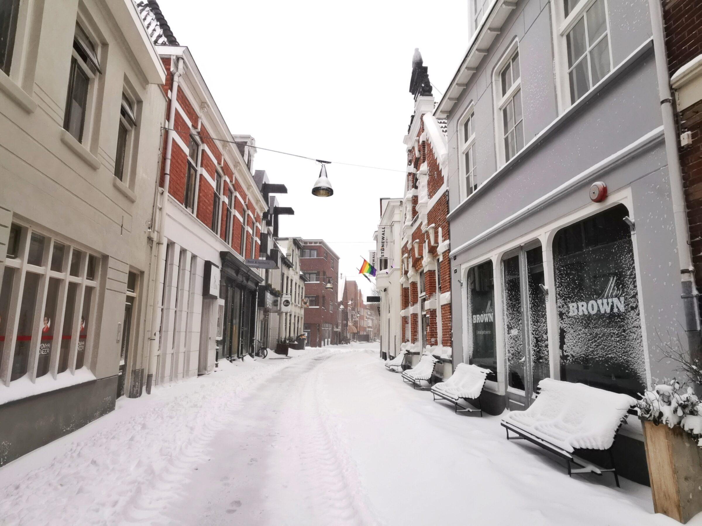Walstraat Enschede sneeuw
