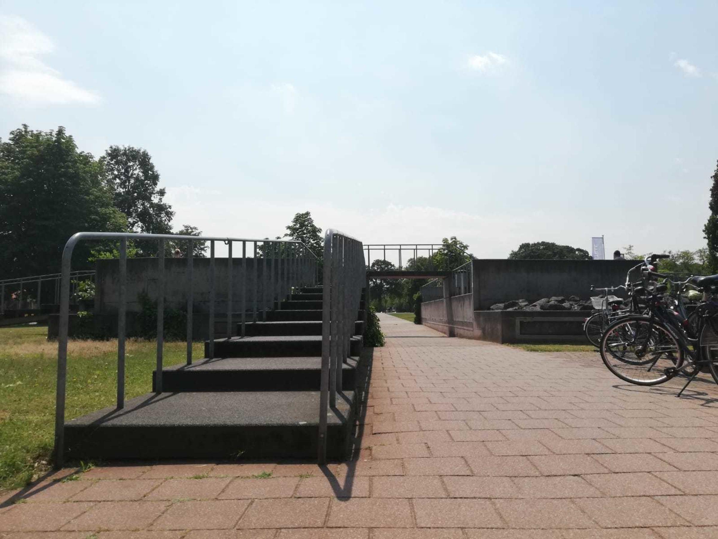 2019 Marscha Nijhuis Information Plaza