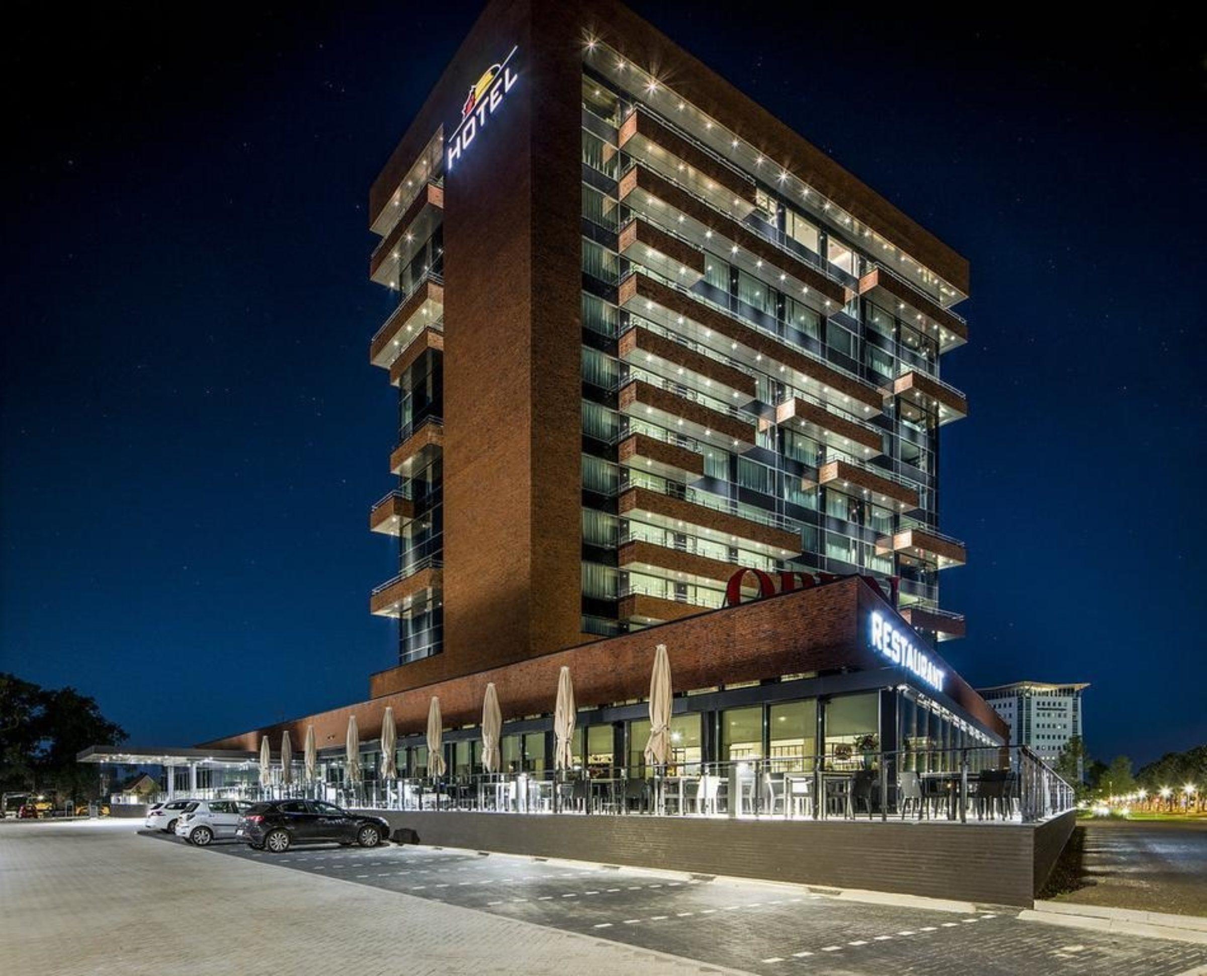 Hotel Van Der Valk Enschede Avond