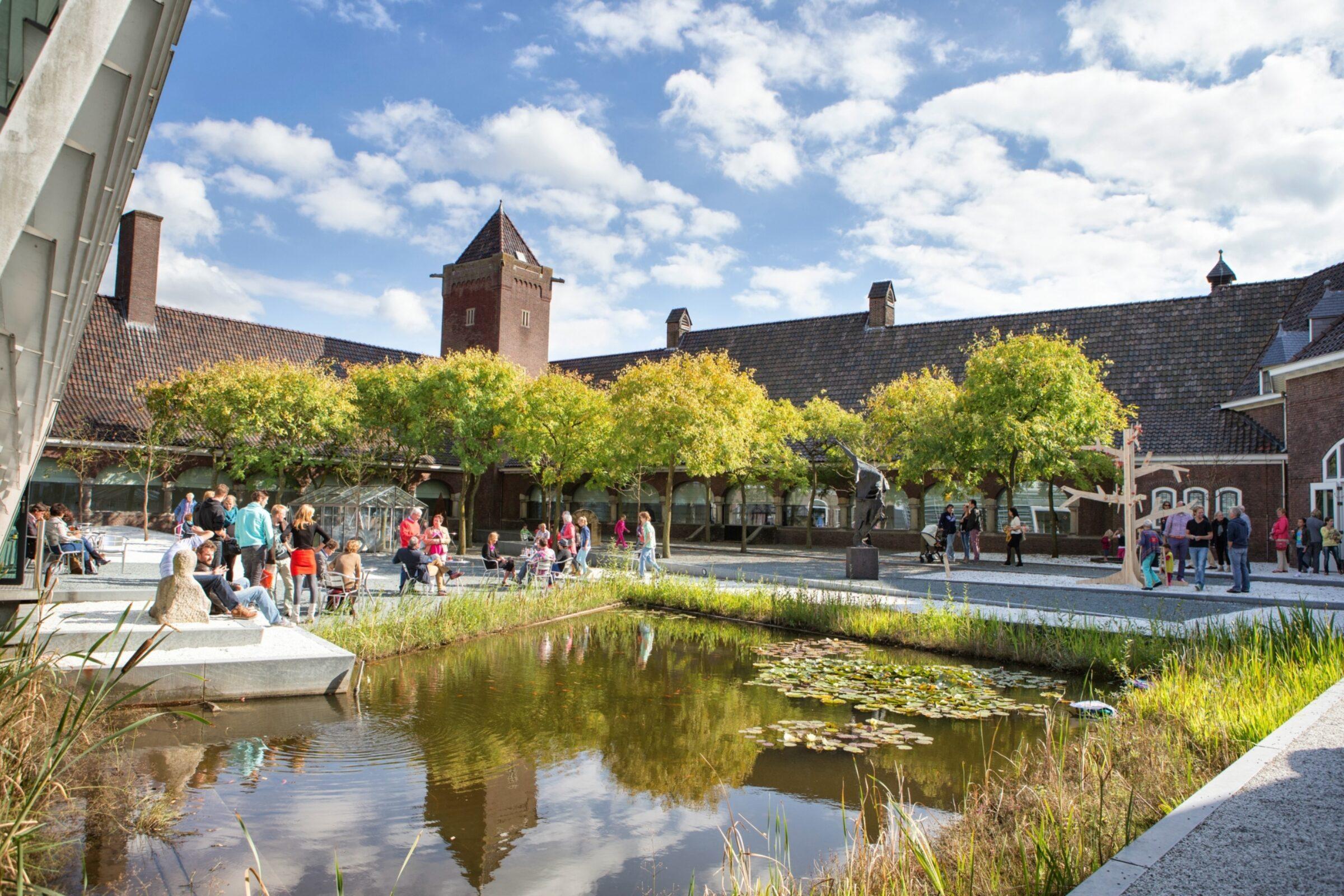 Binnentuin-Rijksmuseum-Twenthe