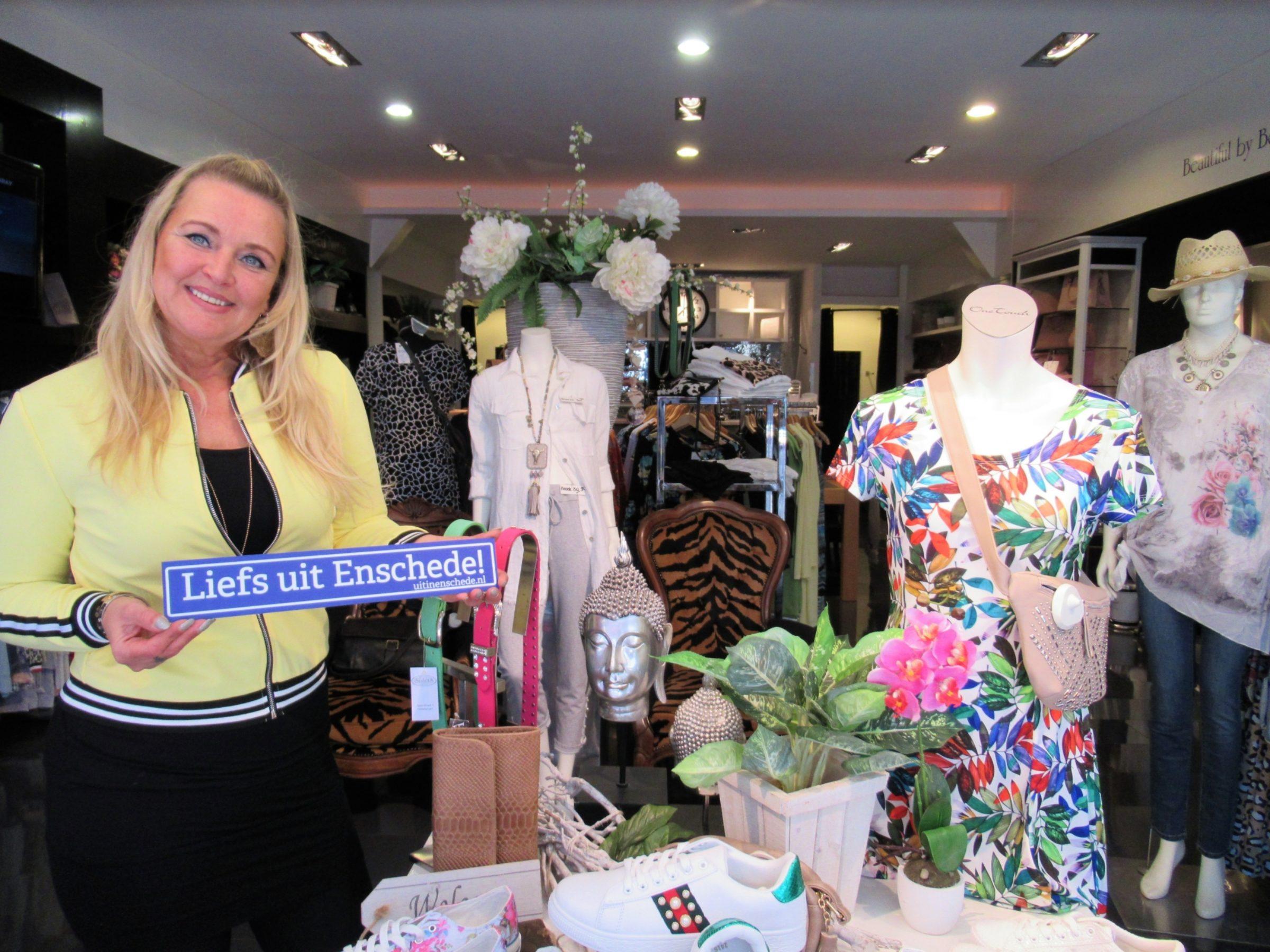 2018 Liefs Uit Enschede Sisters Marketing En Campagnes
