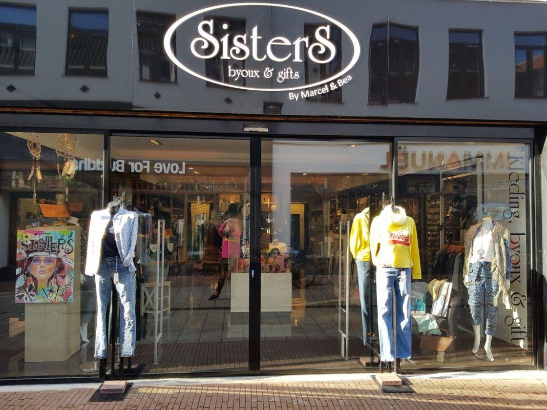 d869a9c5c67 Accessoires, Lokal, Damenbekleidung Sisters Byoux en Gifts