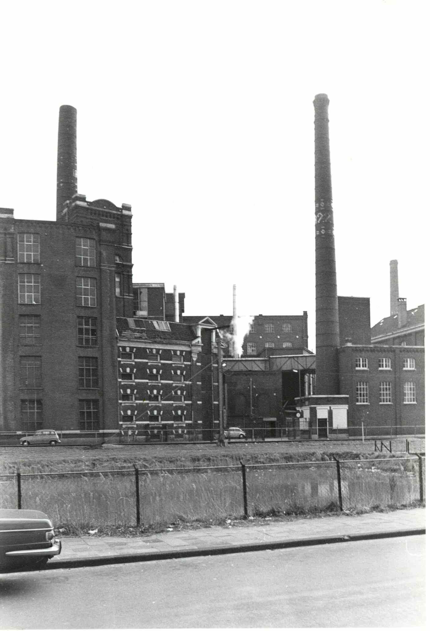 000012 Textielfabriek Van Heek Vanaf Molenstraat