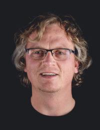 Portret Dennis