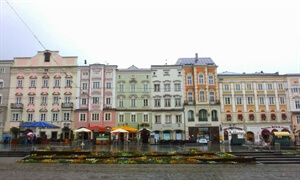 In photos: A rainy day in Linz
