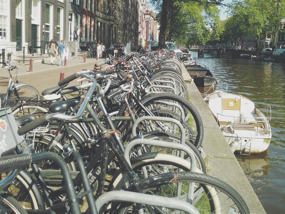Amsterdam Travel: A Short History of Cycling in the Netherlands