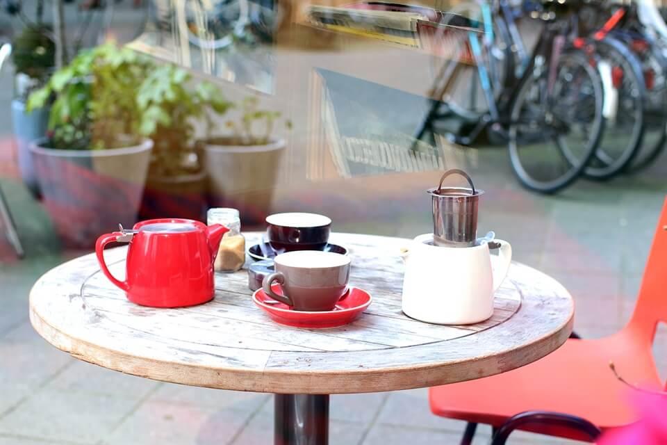Amsterdam Travel: My favourite brunch spot in Amsterdam - Little Collins