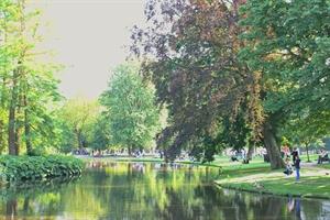 In photos: Summertime in Vondelpark