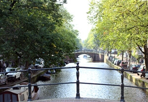 In photos: A Walk Along Reguliersgracht