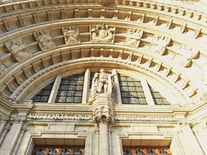 In photos: An Afternoon at the V&A Museum