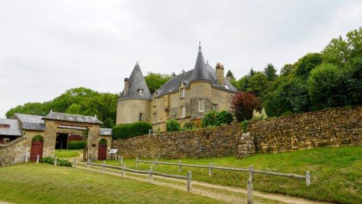 chateau de remilly les pothees