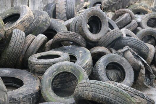 Collecte de pneus ensilage