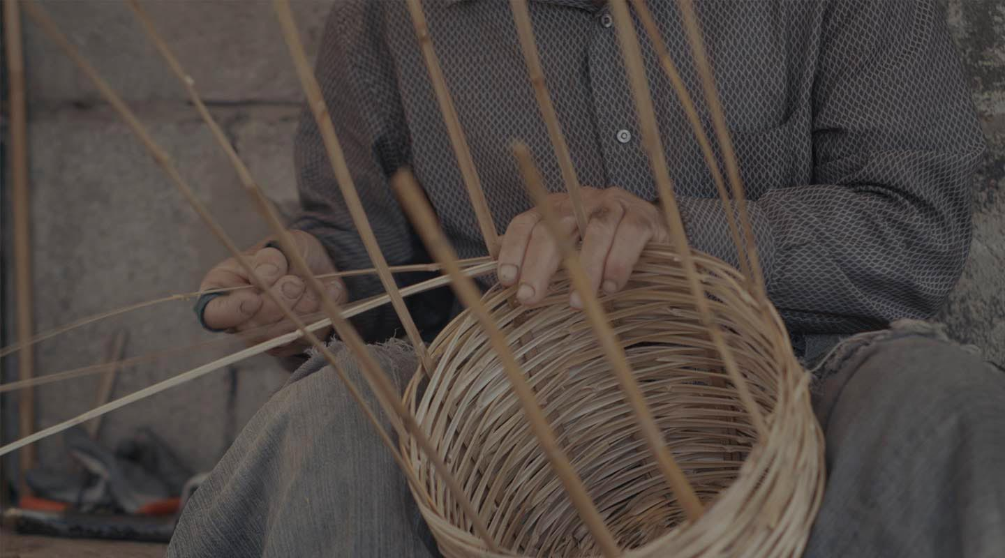 2017 12 04 atharna basket weaving hero