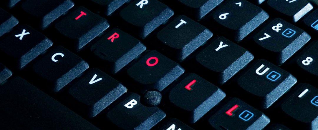 troll-computer-keyboard.jpg