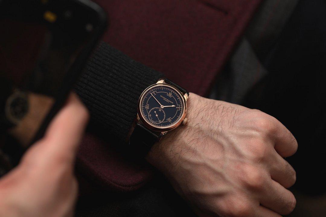 swisswatches-akrivia-rexhep-rexhepi-chronomètre-contemporain-002.JPG