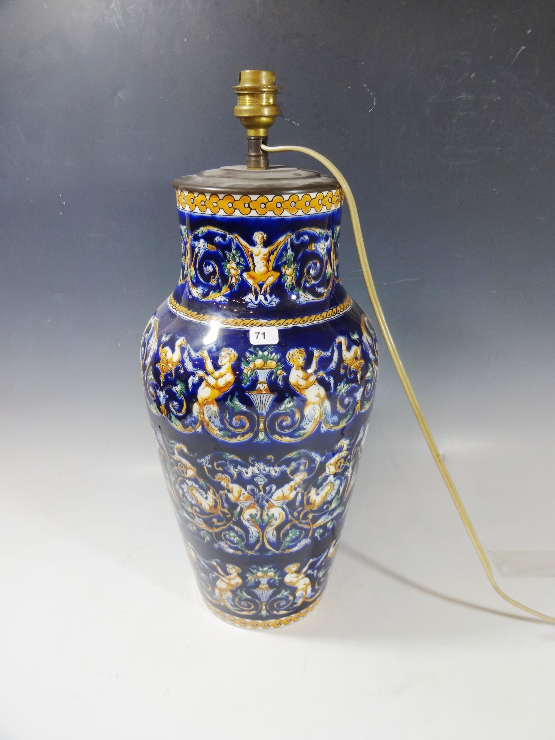 Gien Vase En Faience Modele Renaissance Fond Bleu Monte En Pied