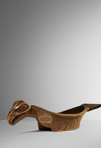 LARGE CEREMONIAL BOWL - Wood - 89 cm Tlingit, British Columbia  Provenance : European [...]