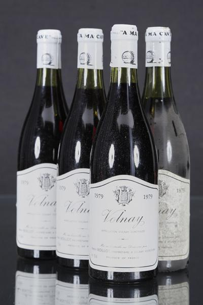 Henri Boillot, Volnay  - 4 bouteilles 1979      -