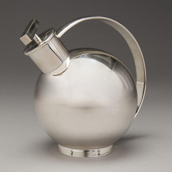 Sylvia Stave 1908-1994 - SYLVIA STAVE, a silver cocktail shaker, marked PV 835 and [...]