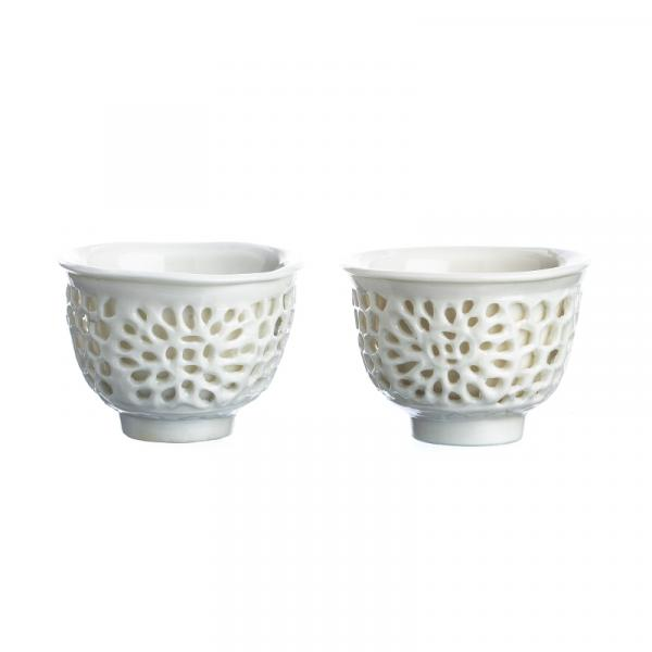 Pair of blanc-de-chine double walled cups - China, 18th century, double-walled [...]