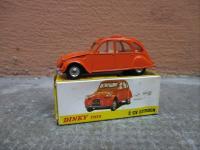 catalogue de la vente collection de petites voitures dinky toys solido matchbox vente. Black Bedroom Furniture Sets. Home Design Ideas