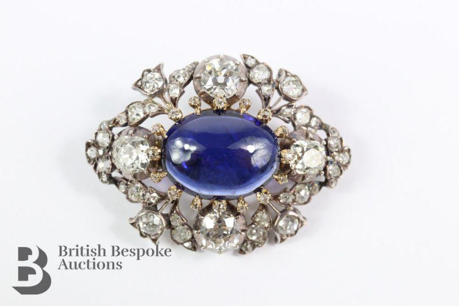 Vente Antiquités & Automobile, Bijoux & Objets de collection, Monnaies et Timbres chez British Bespoke Auctions  : 481 lots