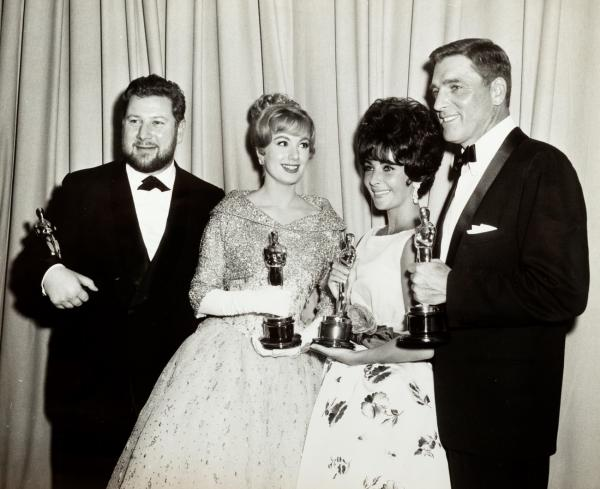 Anonimo - The 33rd Annual Academy Awards. Peter Ustinov, Shirley Jones, Elizabeth [...]