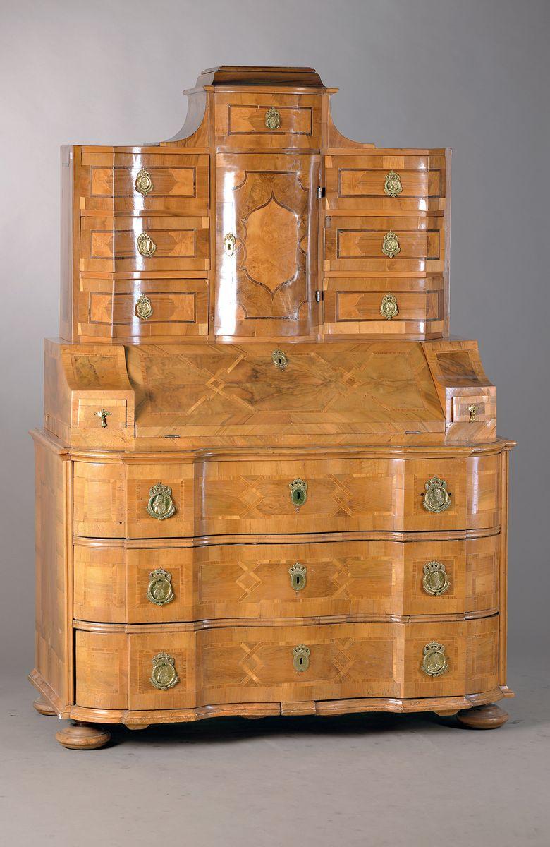 Vente Antiquités & Objets de Collection chez Henry's Auktionshaus : 364 lots