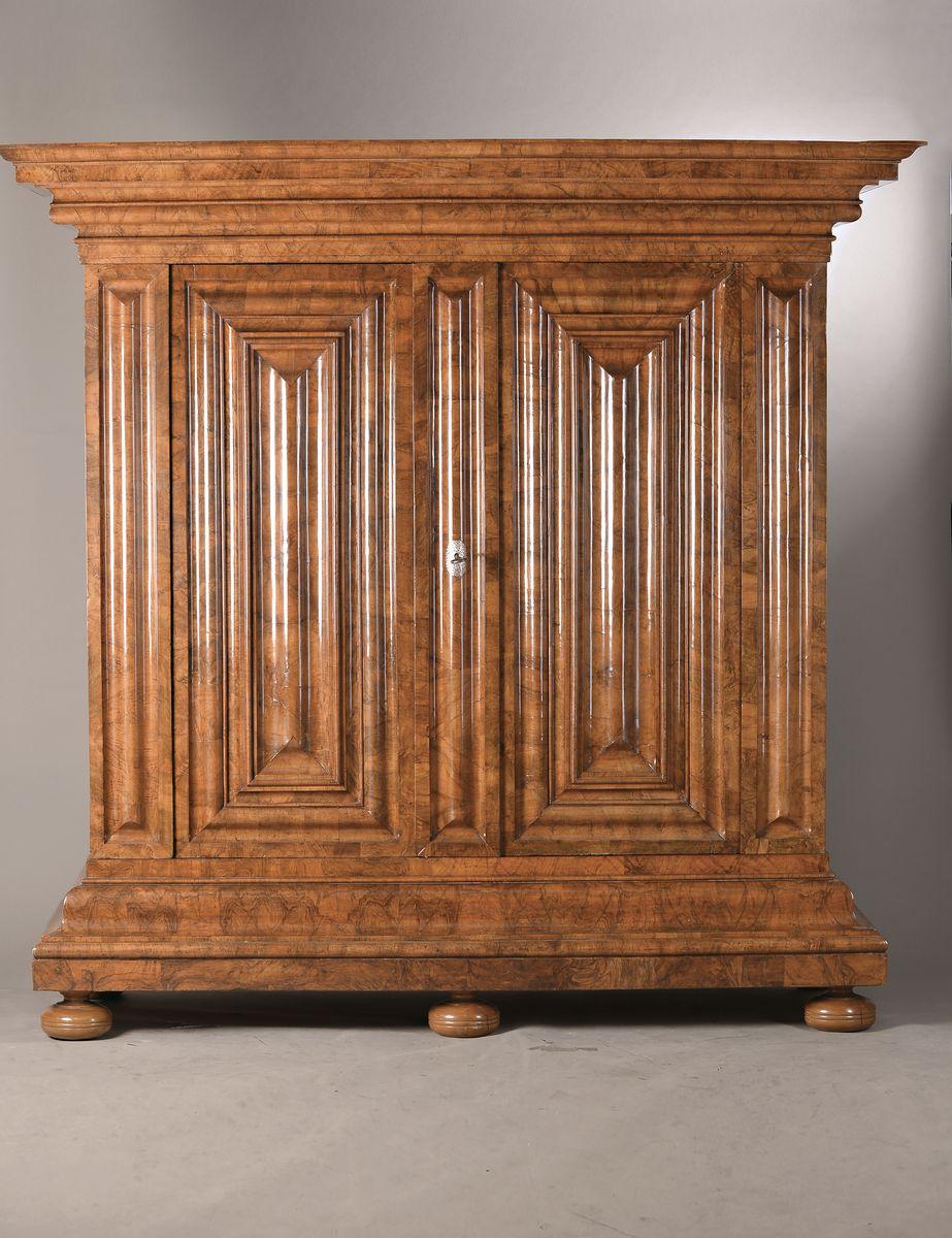 Vente Antiquités & Objets de Collection chez Henry's Auktionshaus : 547 lots