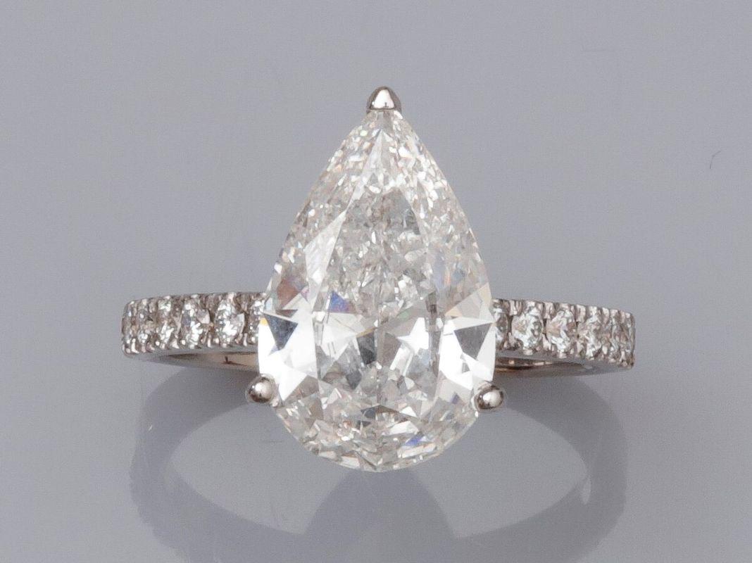 Vente Belle vente de Bijoux anciens et modernes chez SARL ARCADIA  : 320 lots
