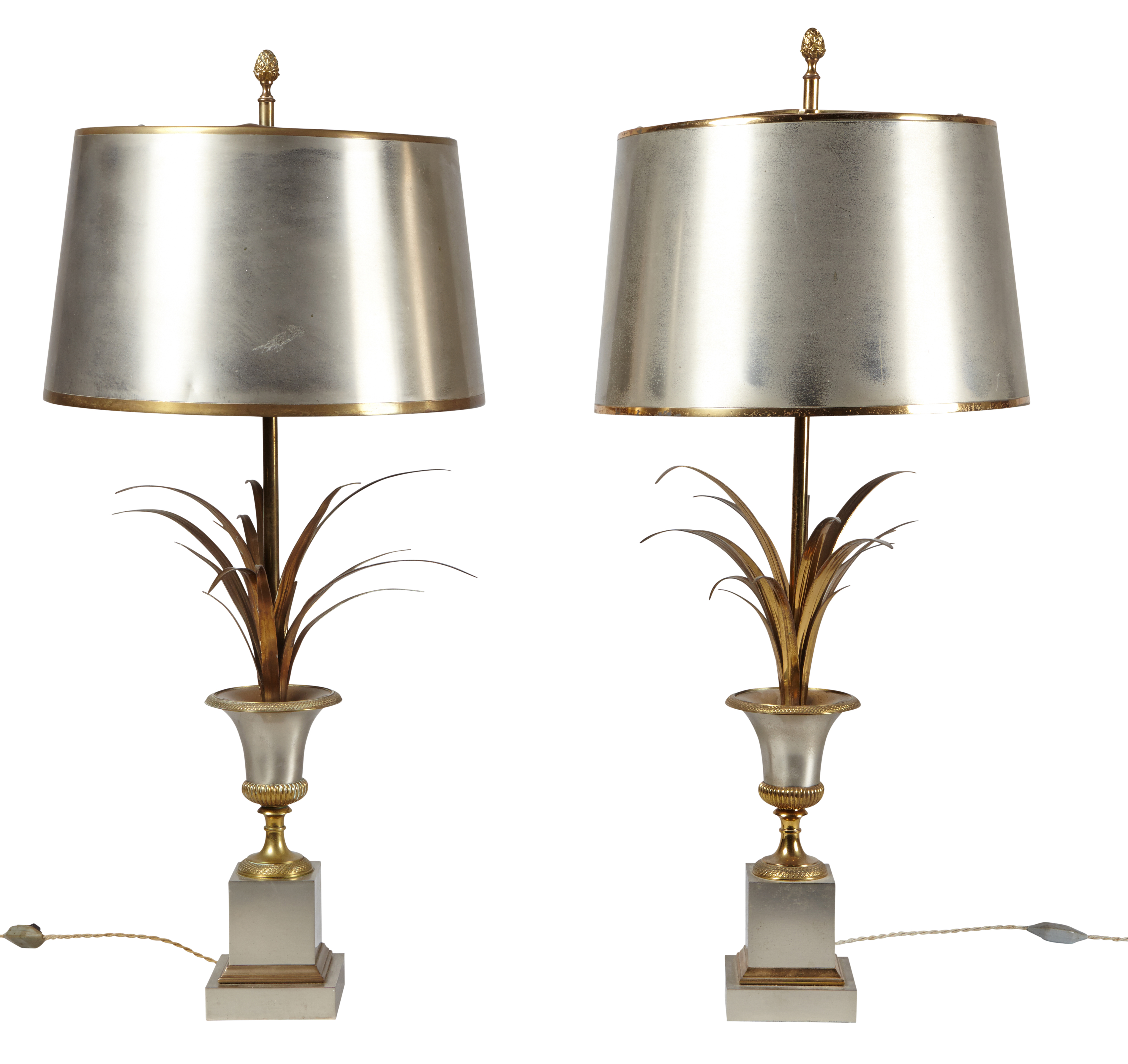 Maison Charles Paire De Lampes Vase Roseau En Metal Et Laiton