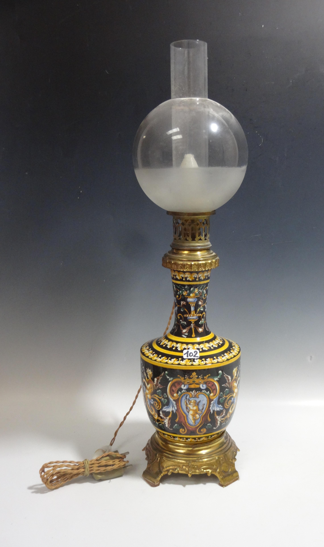 Gien Pied De Lampe En Faience A Decor Renaissance Fond Noir