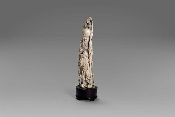 Ivory sculpture depicting Shou Lao, China early 20th century  - height 22 cm  - [...]