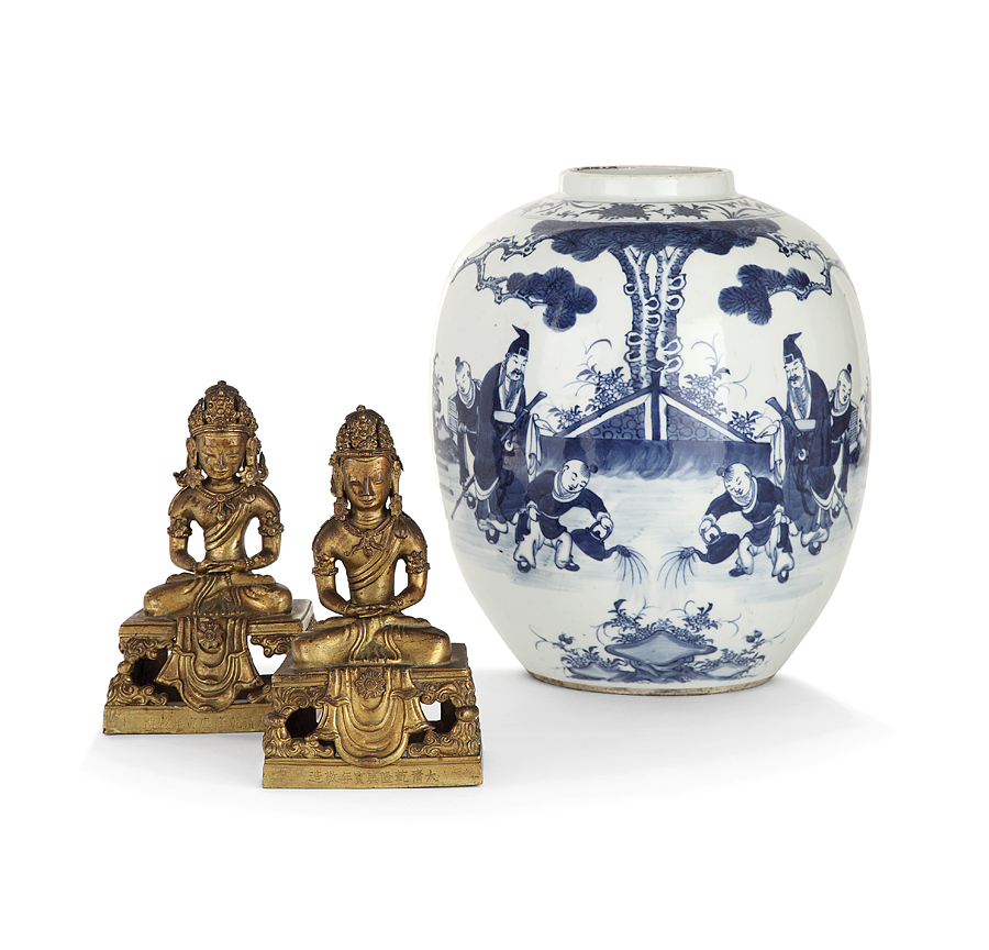Vente Arts d'Asie  chez Tajan : 213 lots