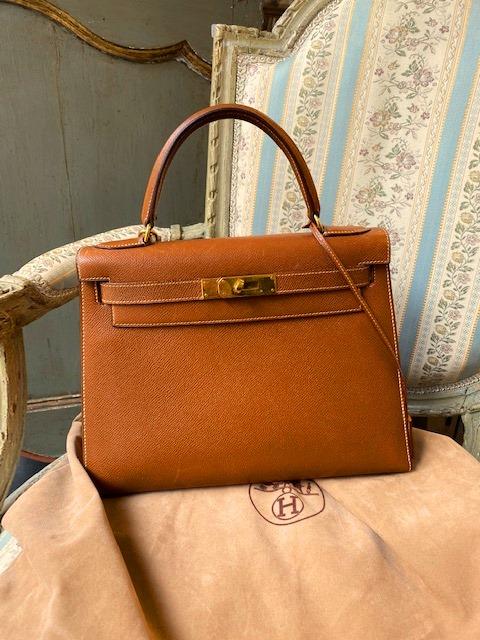 Vente Mode & Vintage chez Carvajal : 470 lots