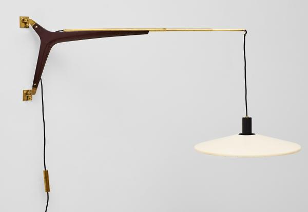 STILNOVO - Counterbalance swing-arm wall lamp Edited in Italy circa 1950 Brass, [...]