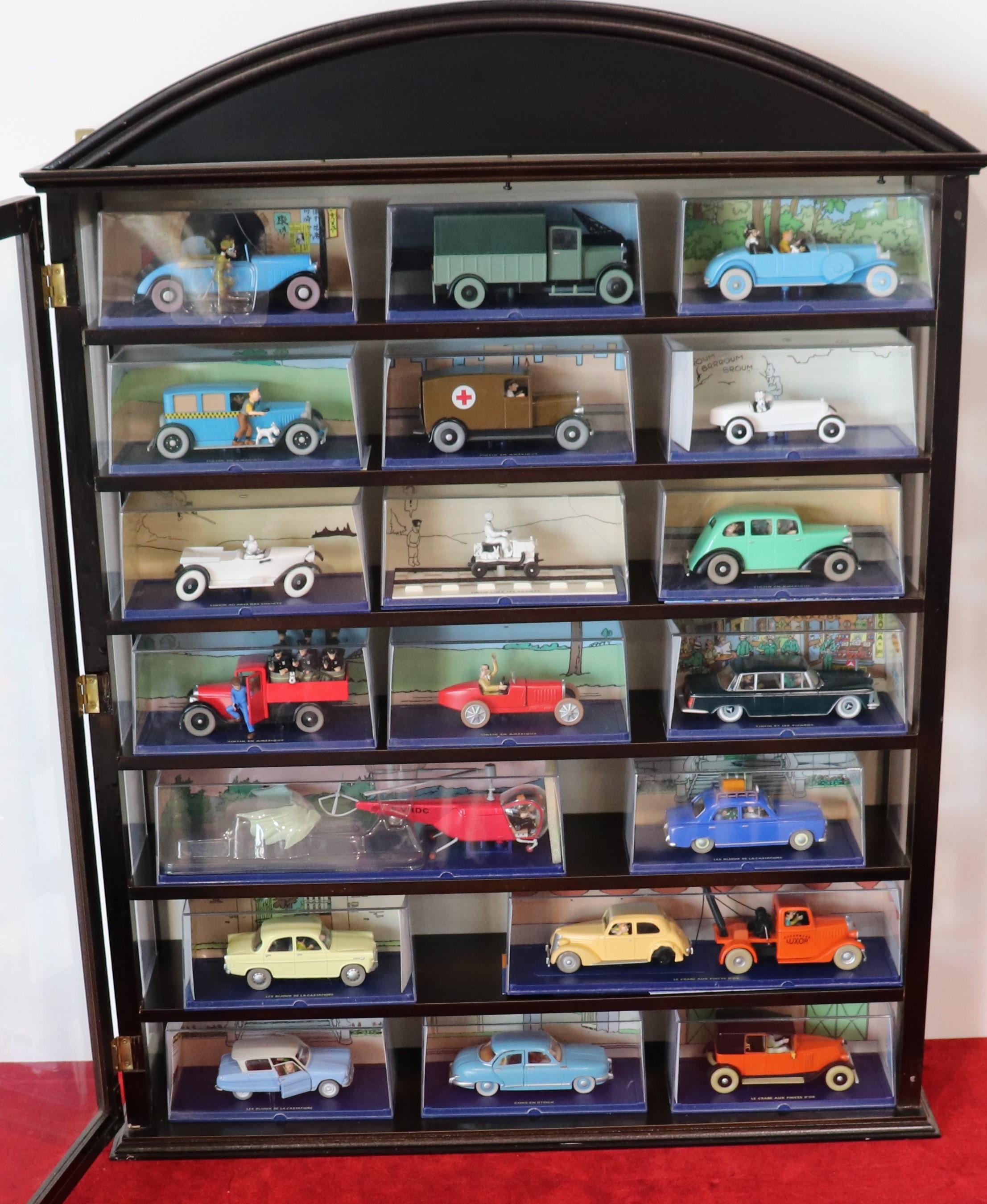 Vente Modélisme Ferroviaire, Véhicules Miniatures, Jouets Vintages, Drone, Cartes Magic chez T.G.G.V Enchères : 71 lots