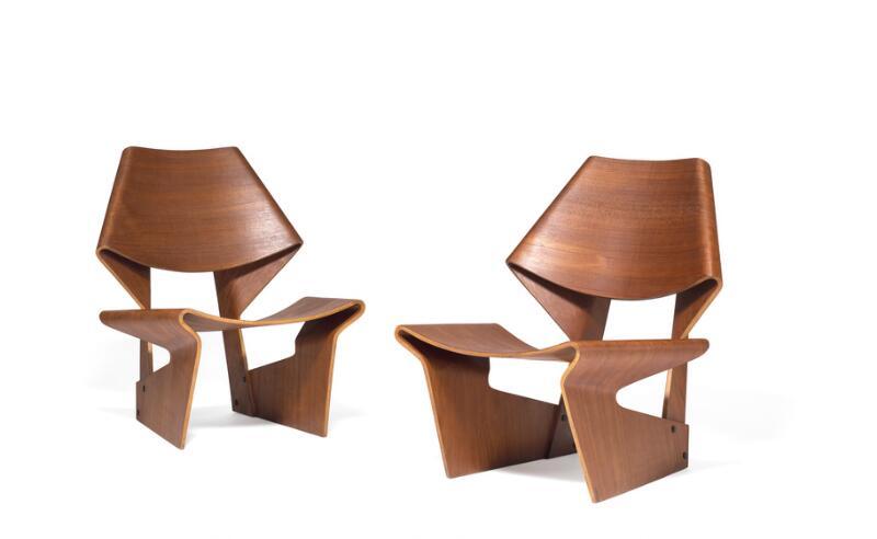 Vente Argenterie, Céramique, Mobilier, Luminaire et Tapis chez Bruun Rasmussen  : 219 lots