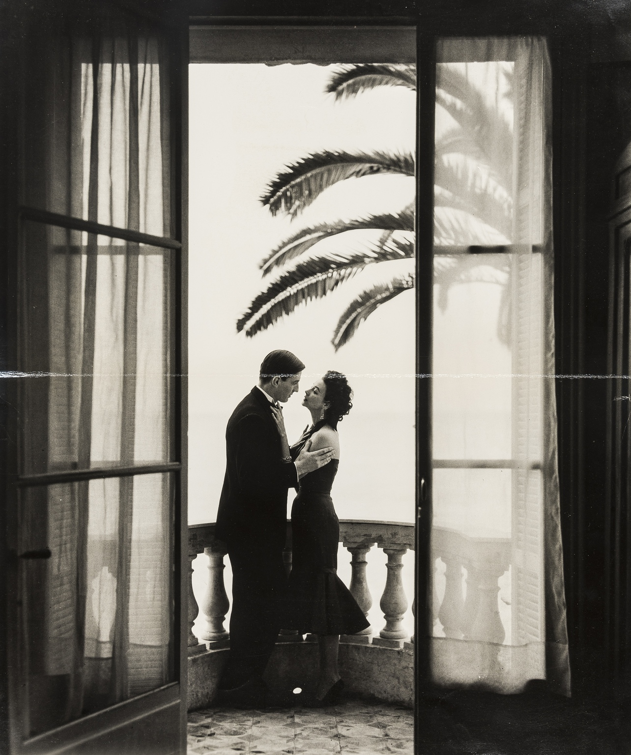 Vente Forever in Fashion: Important Photographs from the Norman Parkinson Archive NO RESERVES chez Forum Auctions : 60 lots