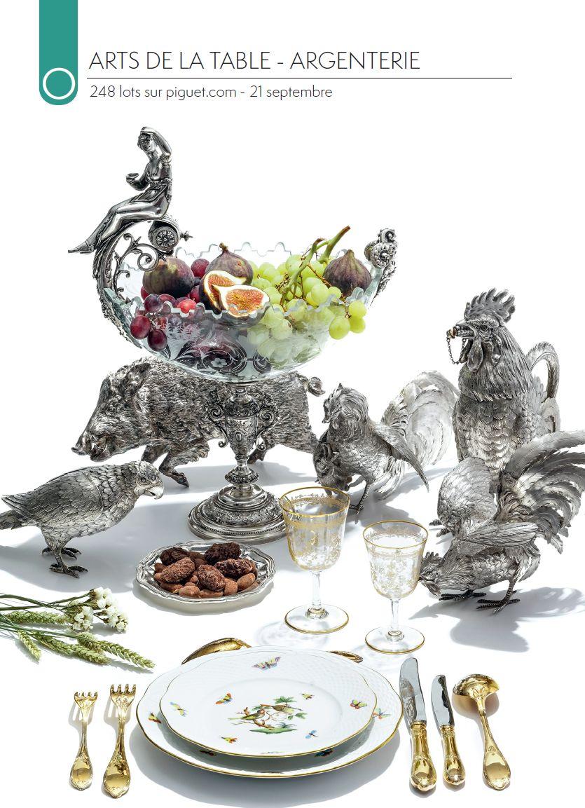 Vente VENTE ONLINE - Argenterie, Porcelaine, Arts de la table chez Piguet Hôtel des Ventes : 245 lots