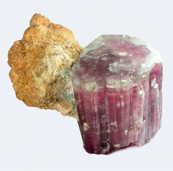 Jolie ELBAITE, var. RUBELLITE de la King Mine, Queen Mts., Pala, Californie, USA [...]