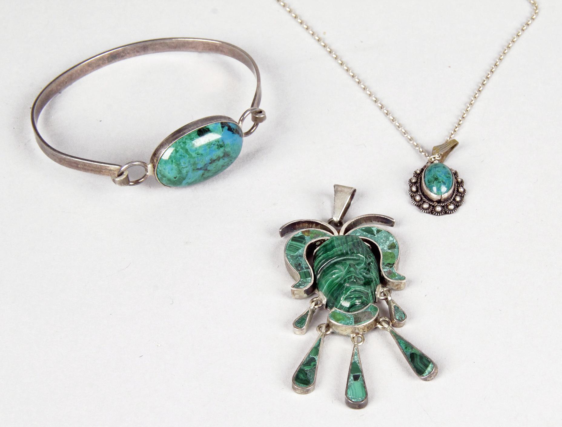 JAGENIE Femme Ensemble de bijoux f/ête Bal vintage imitation pierre pr/écieuse Pendentif Collier Boucles doreilles /à tige