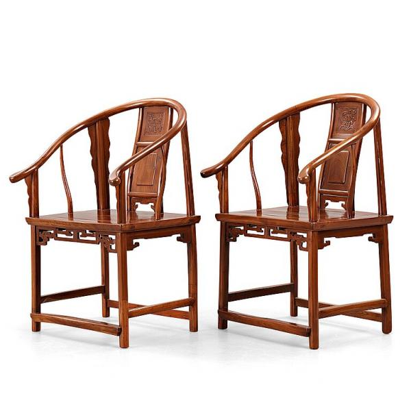- A pair of horseshoe-back armchairs, Qing dynasty (1644-1912). Each constructed [...]