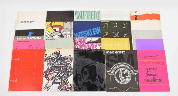 [Fine arts: 20th century] Stedelijk Museum - catalogues - Lot with 21 catalogues [...]
