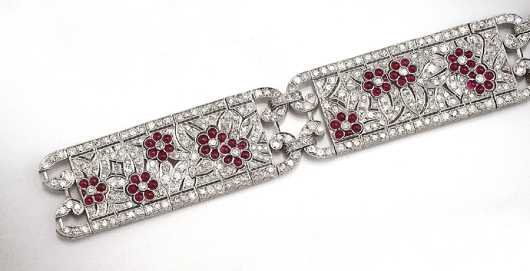 Vente Bijoux Anciens et de Collection, Argenterie chez Henry's Auktionshaus : 270 lots
