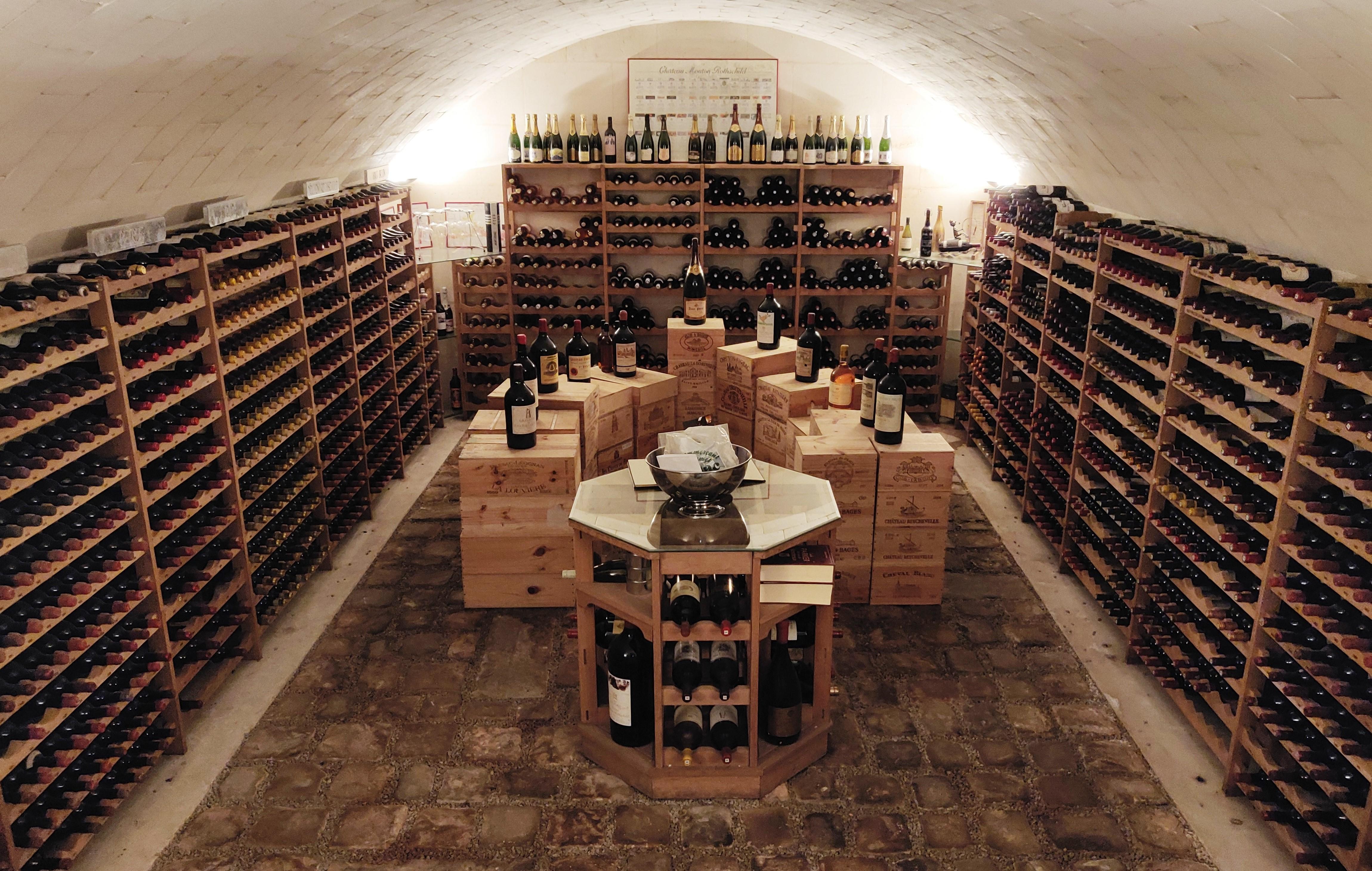 Vente Vente de vins d'exception sur deux jours chez Actéon Senlis : 847 lots
