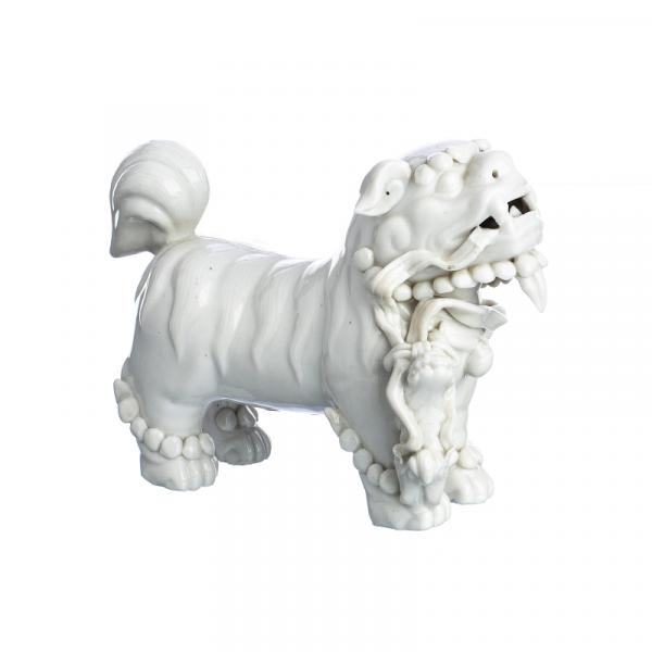 Chinese blanc de chine porcelain Qilin - China porcelain, 18th / 19th century, chine [...]