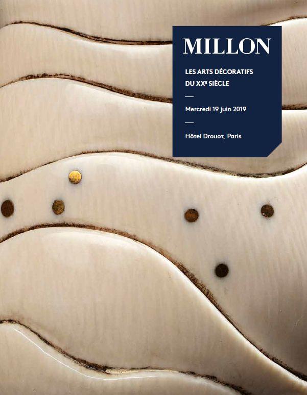 Vente Les Arts Décoratifs du XXe siècle chez Millon et Associés Paris : 342 lots